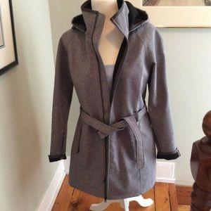 NORTHFACE car coat. Waterproof, flannel lined. L
